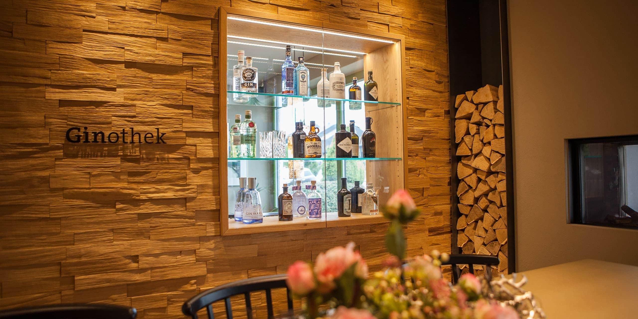 Gin aus der Eifel in der Ginothek Hotel Panorama