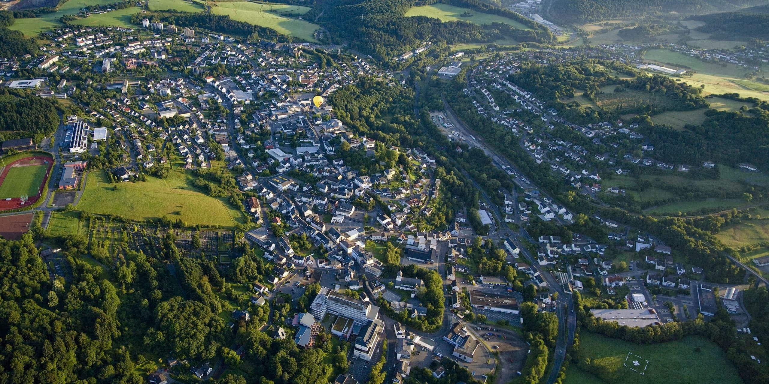 Luftaufnahme von Daun Eifel